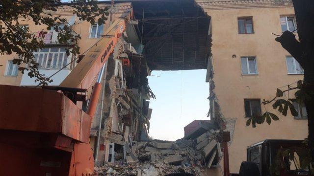 Мощный взрыв бытового газа: В Дрогобыче взлетел в воздух жилой дом