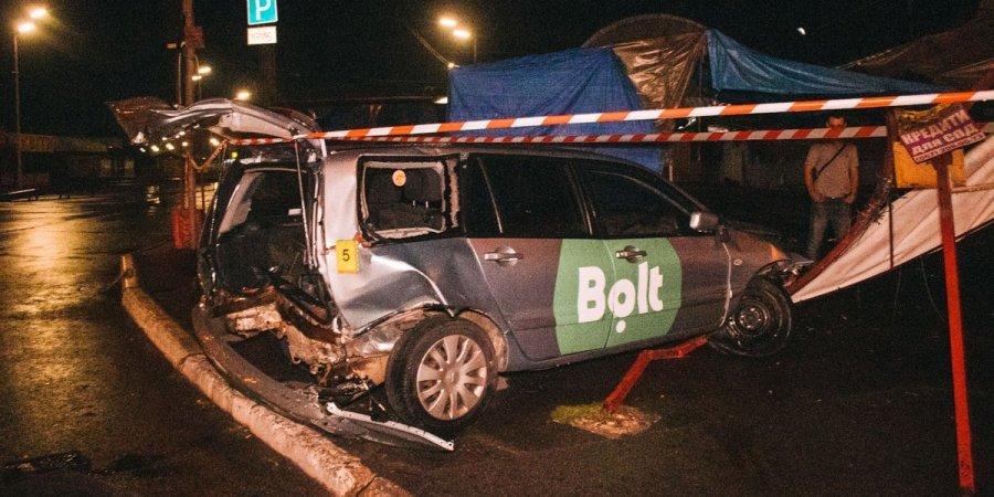 В авто нашли белый порошок: В Киеве пьяный нацгвардеец устроил ДТП, убегая от полиции