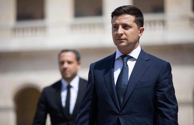 «Слушает своего руководителя и не противоречит ему»: Зеленский определился с премьер-министром. Личность неоднозначная — СМИ