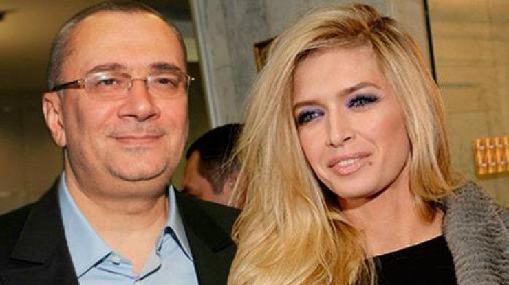 «Чем-то похожа на Веру, но гораздо хуже»: Снимок Меладзе с любовницей поразил поклонников — СМИ