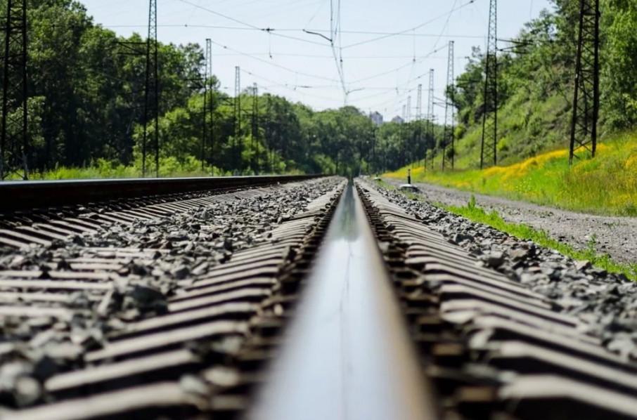 Одной из жертв только 24: В Запорожье возле железной дороги нашли сразу три трупа