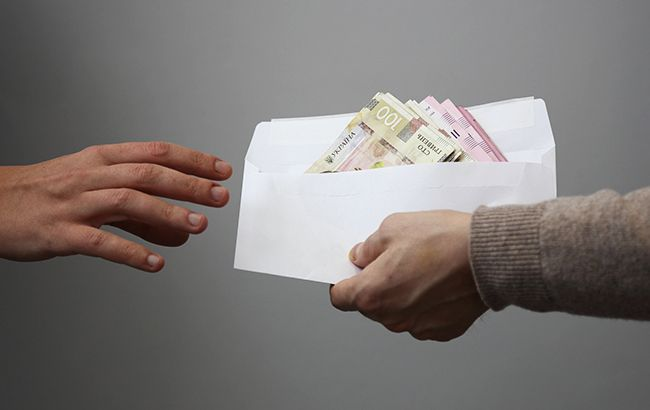 Требовали «благотворительные взносы» за бесплатные лекарства: должностных лиц Национального института рака взяли под стражу