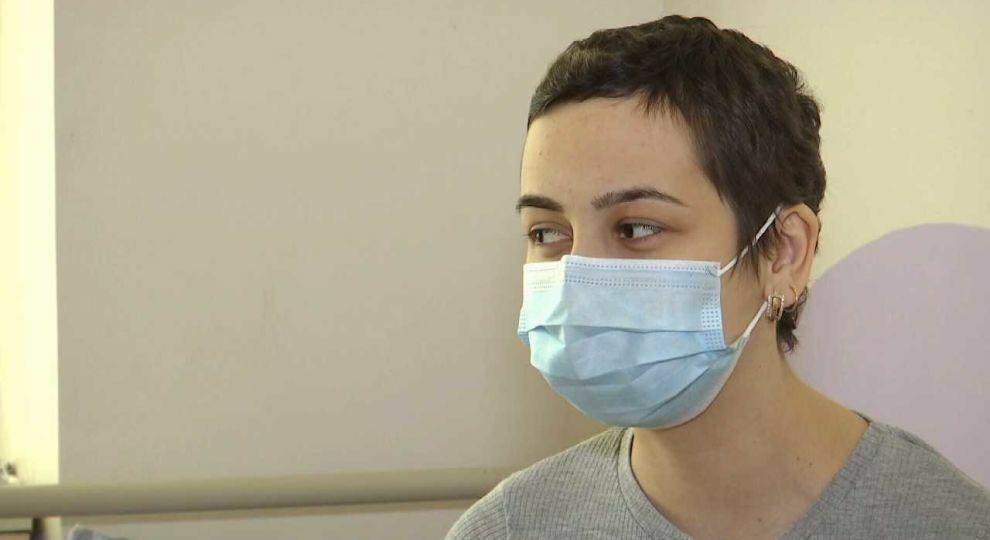 В срочной помощи нуждается онкобольная Вика. Врачи дают ей только месяц