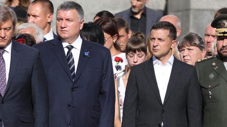«Кто кого?»: Аваков и Зеленский ведут «борьбу» за стратегически важную область — СМИ