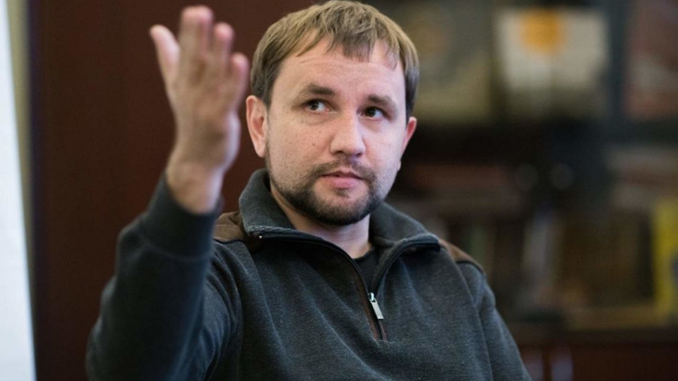 Еще один «слуга народа» сложил полномочия: Кабмин принял решение