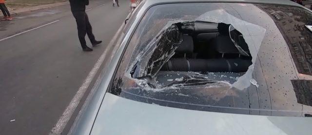 Жизнь ничему не учит: В Одессе вторая «Зайцева» протаранила толпу людей, что протестовали