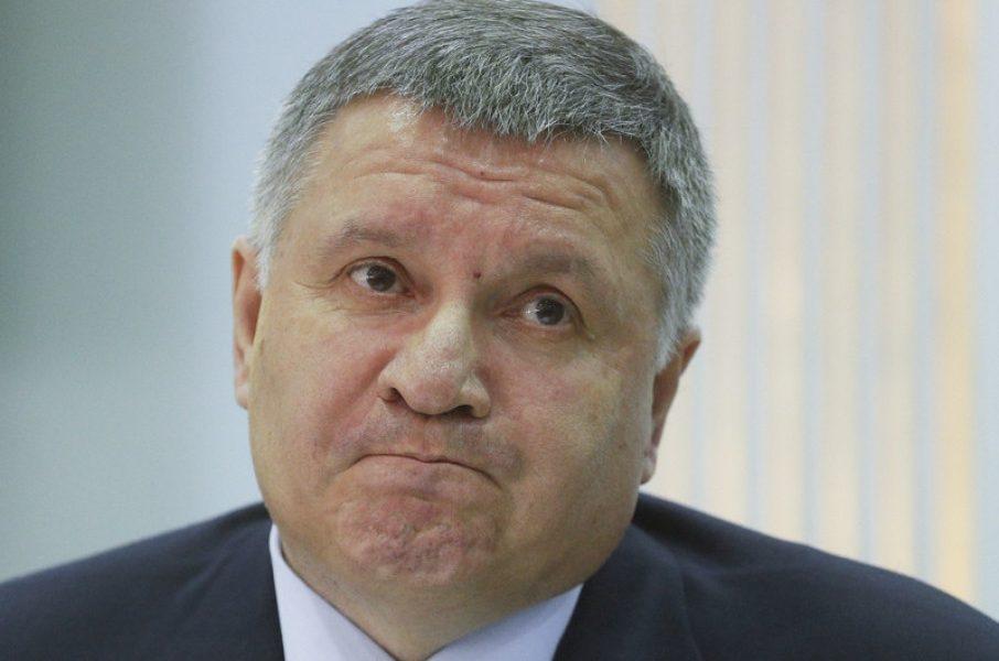 Скандальный демарш Авакова! Пошел против Зеленского, продемонстрировал свой спецназ