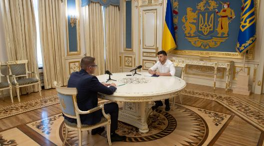 Все могло сорваться в последний миг: Зеленский и Баканов рассказали о самом трудном моменте обмена