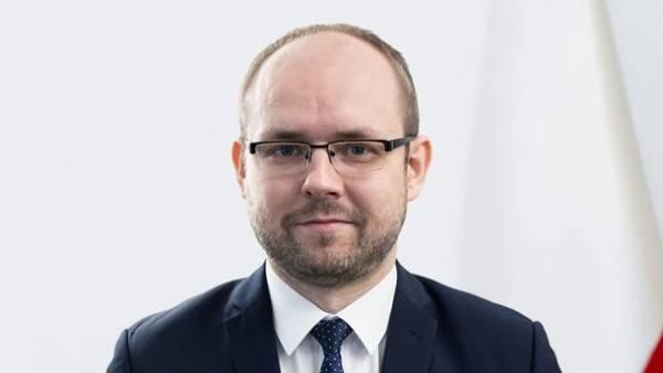 «Польша не будет ставить памятники палачам»: заместитель министра МИД Польши против украинских героев