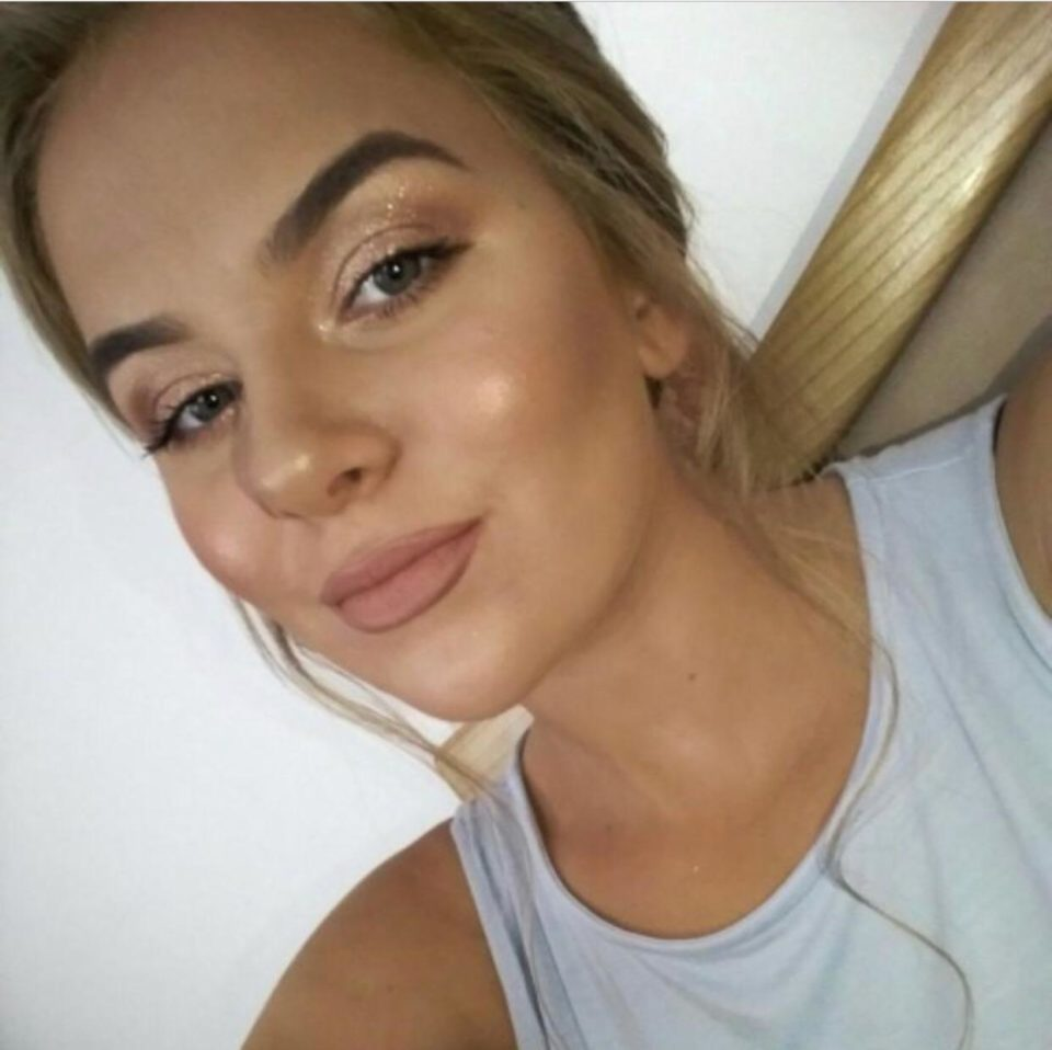 «Бил ножем, пока она не обмякла»: Тернопольщину потрясло жуткое убийство 18-летней девушки. Не простил ей расставание