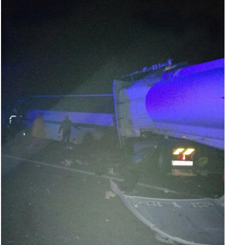 Не успели отправиться от ДТП под Одессой: в Житомирской области грузовик столкнулся с автобусом. 9 погибших