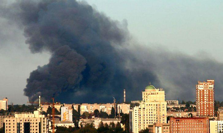 В Донецке взорвался склад с боеприпасами: людей эвакуируют в срочном порядке