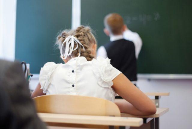 В школу можно не ходить! Для украинских школьников готовят интересное нововведение. Детали важного закона