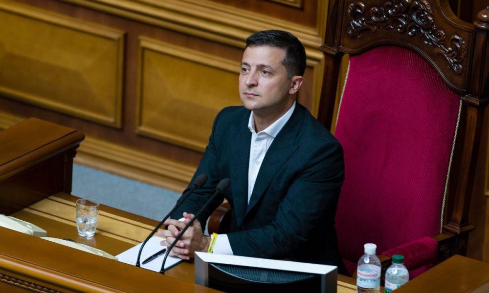 «Выборы зимой?»: у Зеленского обсуждают возможную дату проведения досрочных выборов