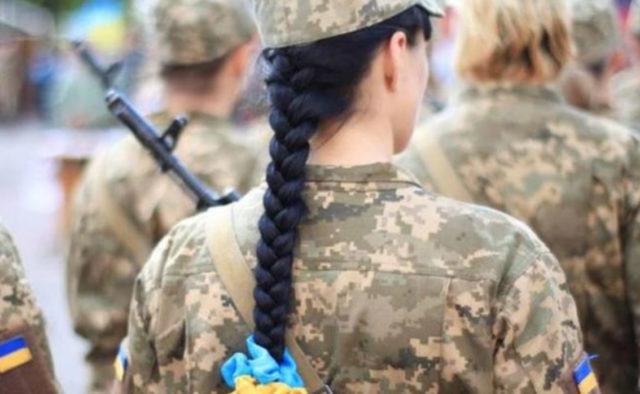 «Начинается обстрел, а ты голая»: Признание украинской снайперки рвет Сеть. Страшно даже представить