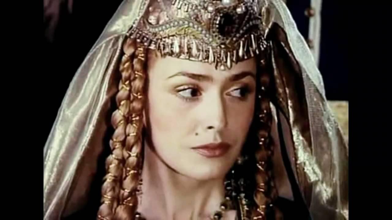 «Это испытание:»: Всеми любимая «Роксолана» Ольга Сумская рассказала про измену мужа. «Он мне не нужен»