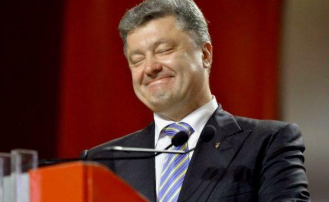 Порошенко организовал сладкие развлечения в важный для Украины день: А пленные пусть подождут!
