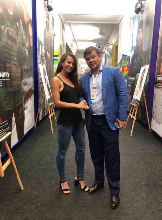 «Обсудили детали визита Зеленского»: Андрея Богдана «застукали» в обществе скандальной модели