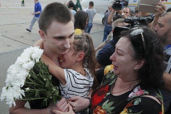 Было несколько знаков: освобожденный моряк поразил украинцев признанием. Вопреки всему тянет к морю