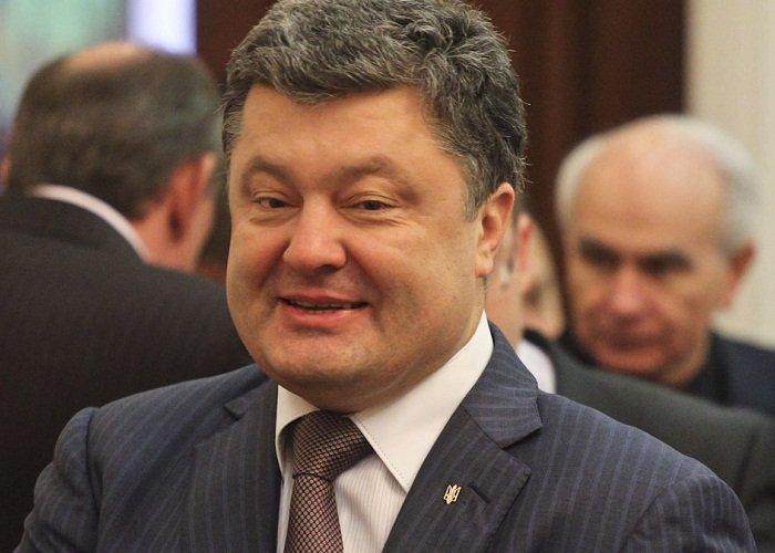 «Взял 150 млн. кэшем» У Зеленского разоблачили скандальную правду о Порошенко. Цинично обманул украинцев