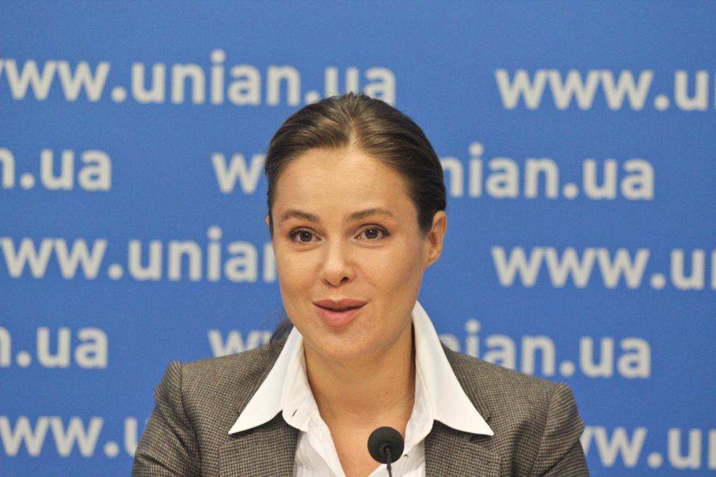 «Нечем руки занять? Пошла бы Киве помогла»: Королевскую застукали в Раде за позорным занятием. Пренебрежение к Украине