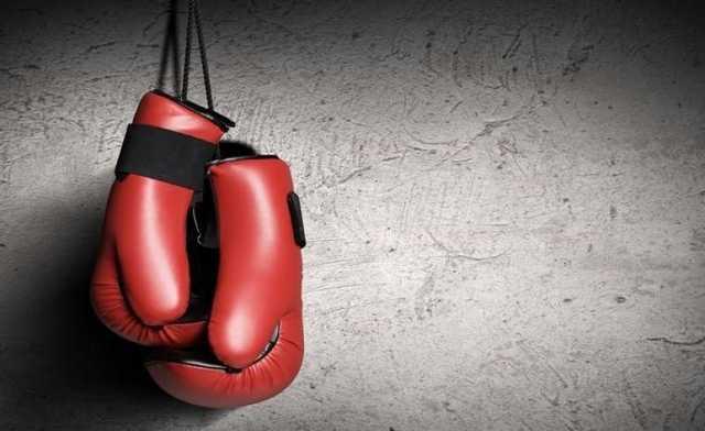 «Схватил за руку и ударил головой в лицо»: Известный боксер жестоко избил свою жену