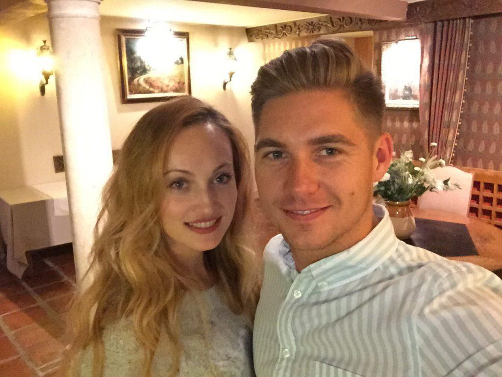 «Смотрим на будущее по-новому»: Остапчук с женой подтвердили слухи о разводе
