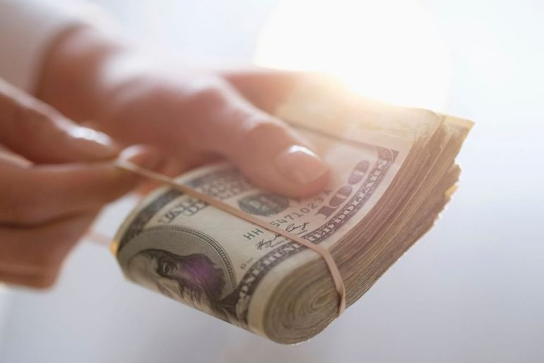 Отдадут половину! Украинцам вернут часть денег. Кто получит компенсацию за комуналку?