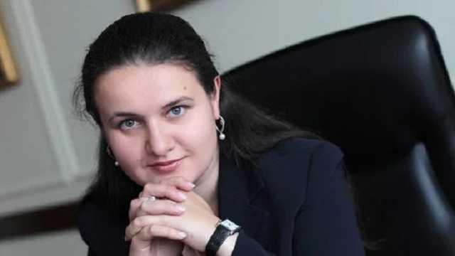 «Вывела элитный дом из обанкротившегося банка» Тайны Оксаны Маркаровой. Скандальное расследование