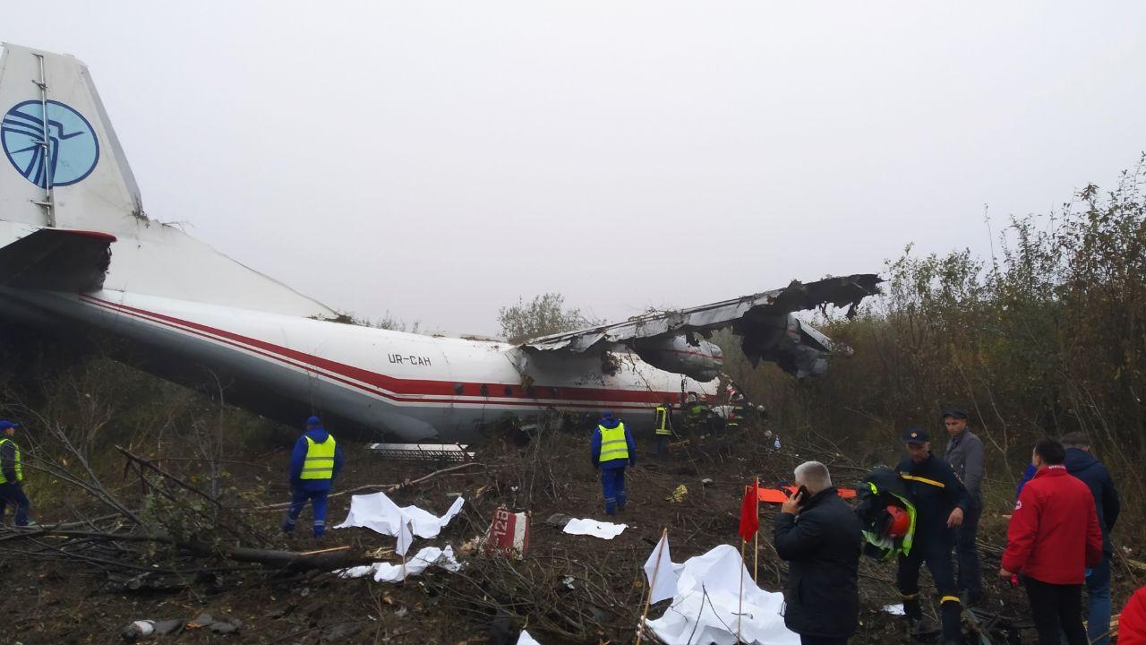 Крушение самолета под Львовом: выжившие в ужасной катастрофе рассказали новые подробности инцидента