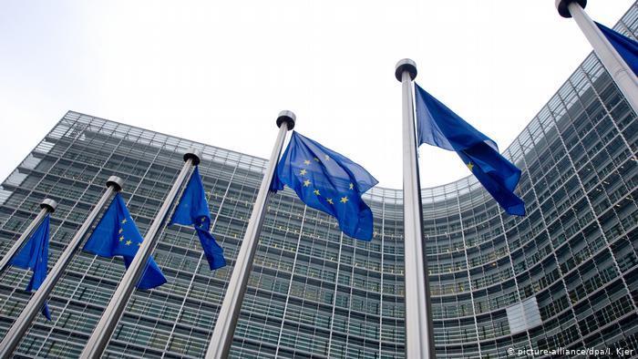 «Шаг к дальнейшим усилиям»: в Еврокомиссии прокомментировали согласие Украины на «формулу Штайнмайера»