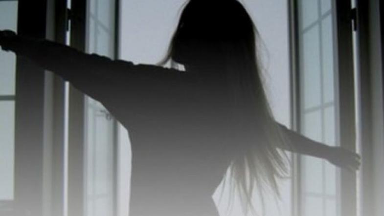 «Разогналась и …»: В столице посреди белого дня из окна школы выпрыгнула семиклассница