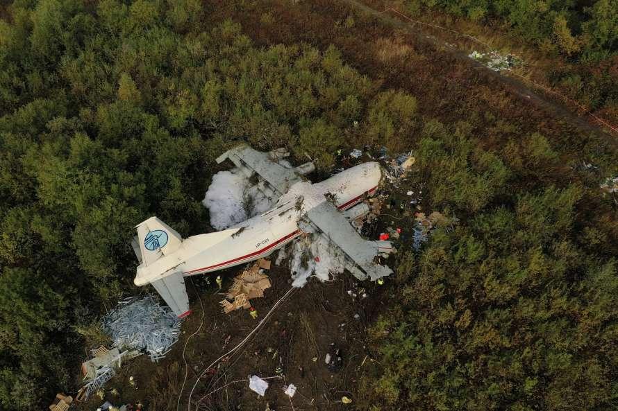 Катастрофа АН-12 под Львовом: в мэрии назвали фамилии погибших. Все украинцы