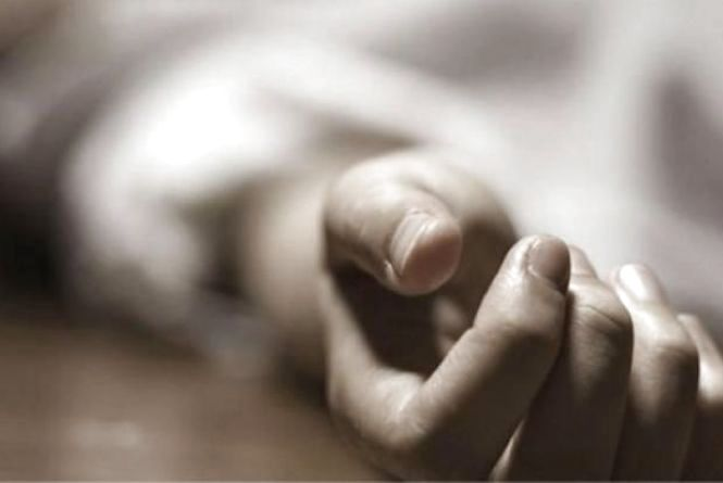 «Умер на руках у своей матери» : Загадочная смерть молодого парня всколыхнула Харьков