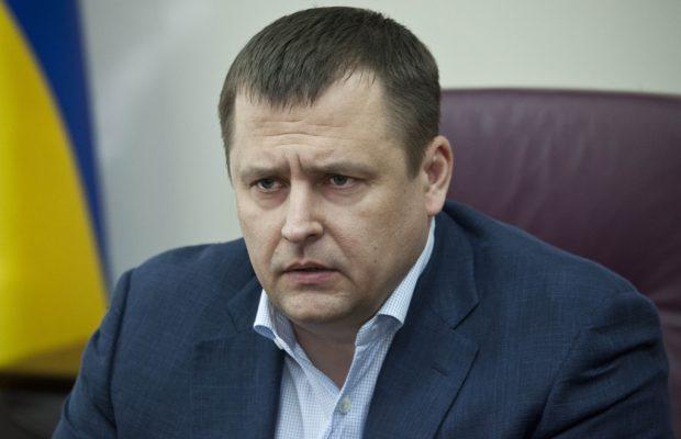Филатов испугался! Задержанный в аэропорту Харькова мужчина оказался его заместителем