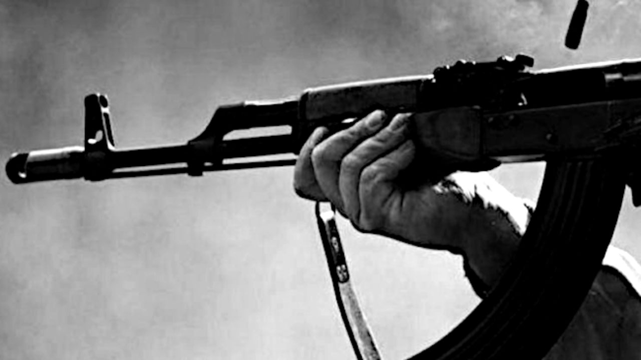 «Абсолютно об этом не жалеет»: в России солдат расстрелял десять сослуживцев. Целился прямо в голову