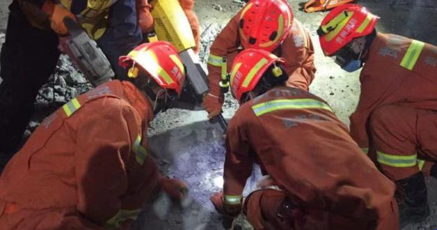 Под завалами найдено много тел: трагедия на строительстве перепугала всю страну
