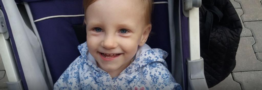 Вика родилась только 600-граммовой, но смогла выжить и сейчас нуждается в усиленной реабилитации