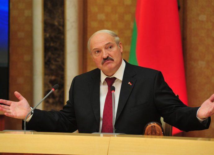 «Я хочу вас заверить, что никогда, вы вообще …»: Лукашенко дал громкое обещание Зеленскому. Можно верить?