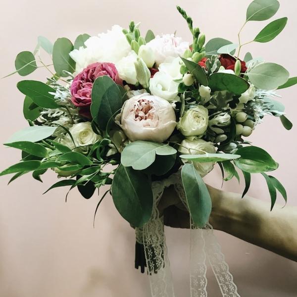 «Буду его любить любым»: Участник  «Взвешенные и счастливые» женился на сказочной красавице