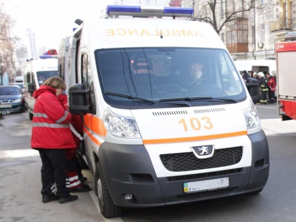 Был еще жив: страшная авария на Львовщине напугала жителей. Лежал прямо на дороге