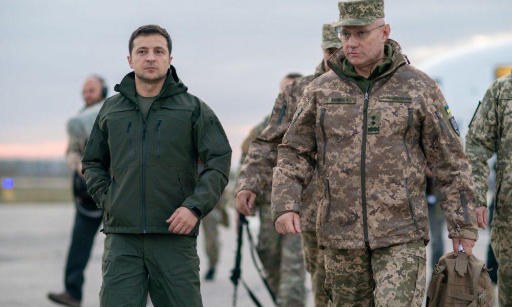 Порох не дорос до такого! Военный огорошил заявлением о поступке Зеленского в Золотом. Даже сто грамм выпил