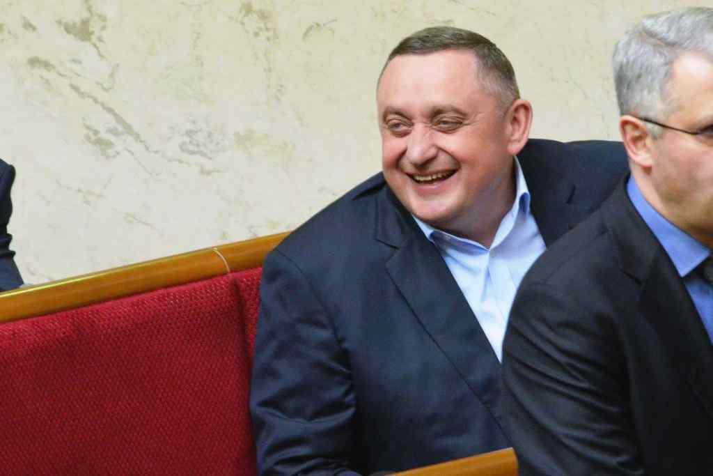 Вслед за Порошенко! Дубневич переписал свою компанию на сына. Боится ареста?