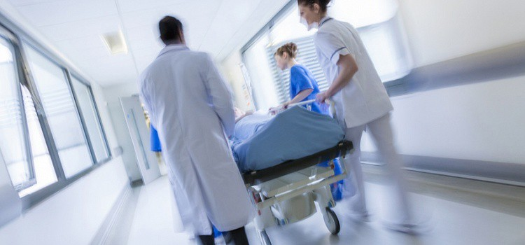 Невозможно! Президента срочно госпитализировали в больницу. Сердце не выдержало напряжения!