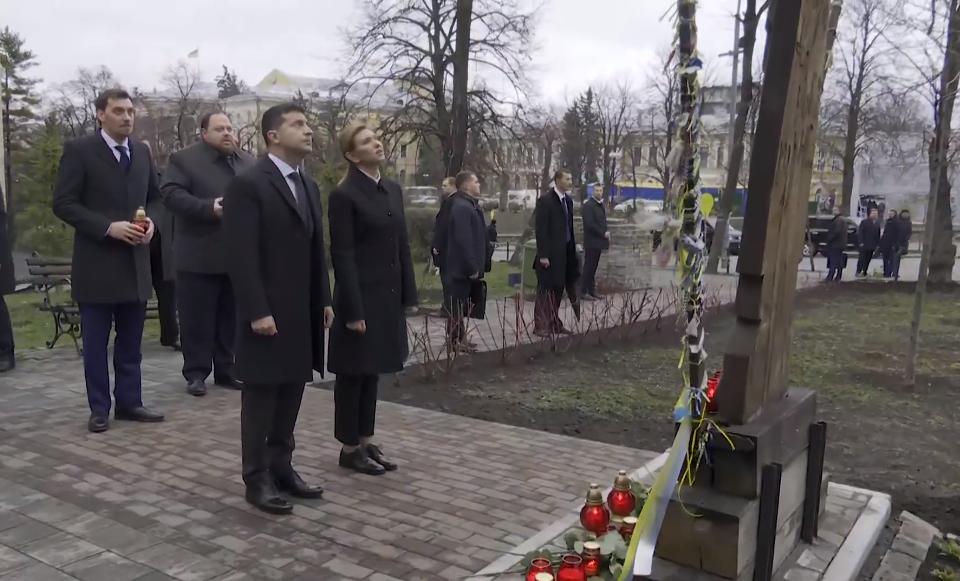 «Виновные обязательно должны получить наказание»: Зеленский почтил память погибших на Майдане