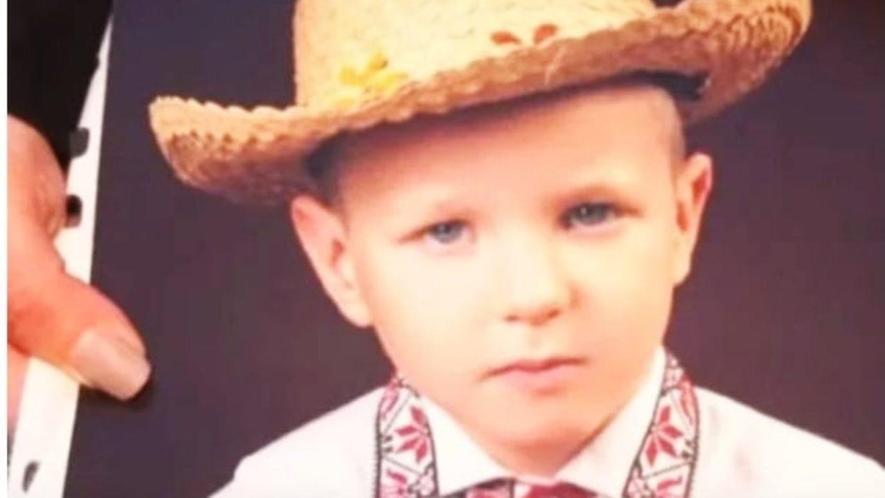 «Обнять маму так и не успел»: 6-летний мальчик погиб страшной смертью на глазах у родителей. Шансов у Димы не было