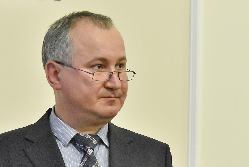 Госизмена, шпионаж и не только: НАБУ открыло уголовное дело против Грицака. Теперь не отмажется!