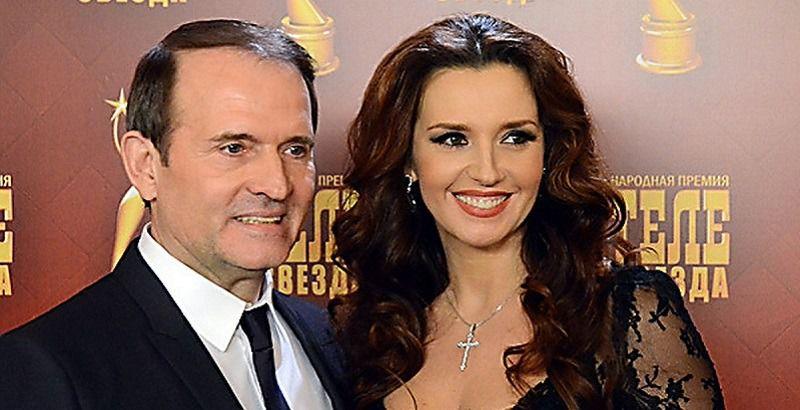 «Какие же они замечательные»: Оксана Марченко утонула в объятиях невероятного красавца. «Пока Медведчук на работе?»