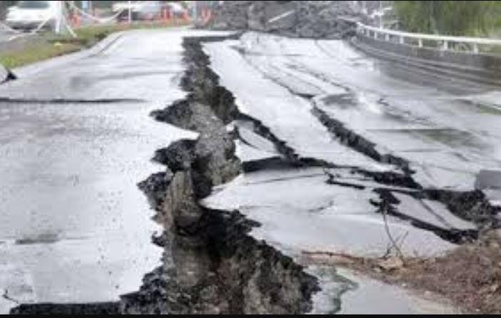 «Провалится прямо в ад»: Таинственное землетрясение обрушилось на Украину. У людей паника