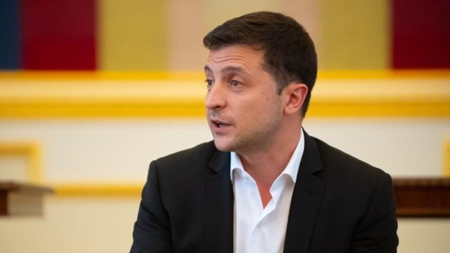 «Уже второй раз!»: Зеленский снова уволил скандального чиновника. Надоело!
